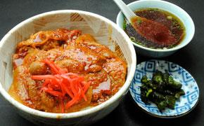 焼肉丼 … 900円