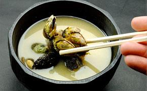 亀の手と呼ばれる磯もののお味噌汁。