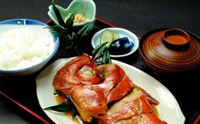 金目煮魚定食 … 2,100円