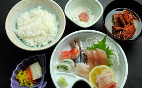 さしみ定食 … 1,100円