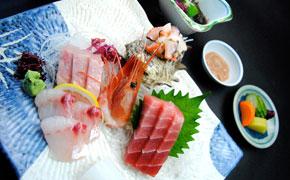 お刺身定食 … 2,100円