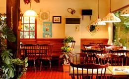 鍋田浜でカフェ ピザハウスあんぐる