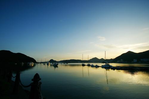 柿崎桟橋の風景 ヨットマンとビルフィッシャー