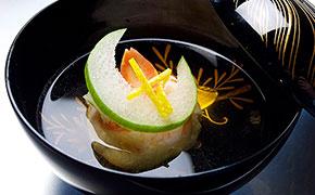 お椀 蟹真丈、柚子の香り