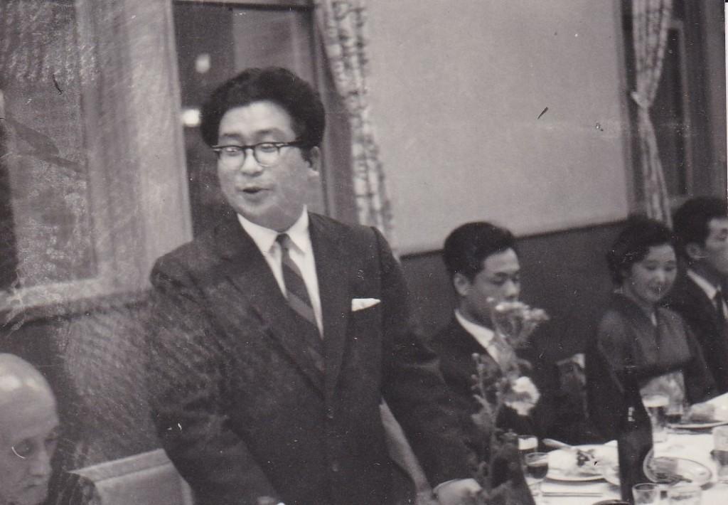 父と母の結婚披露宴での小松先生