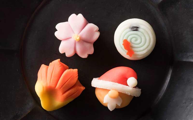 季節の上生菓子、各180円。「季節感のある和菓子を作れたらと思うんです。そういう店にしたいんですよね。」と裕明さん。