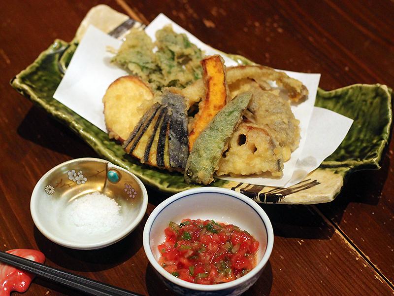 季節野菜の天ぷら1,000円(税別)